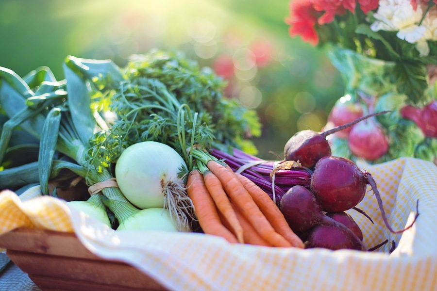 Eat foods the way they come from the earth. Fresh fruits and vegetables